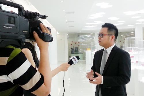 创业初期阶段的创业者要怎样儒雅的接受媒体采访?