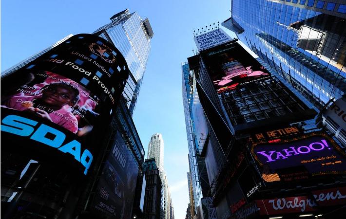 纽约纳斯达克大屏幕最快占领美国的方法