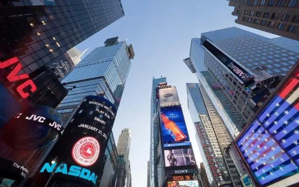 在美国纽约时代广场大屏幕播放广告要多少钱?